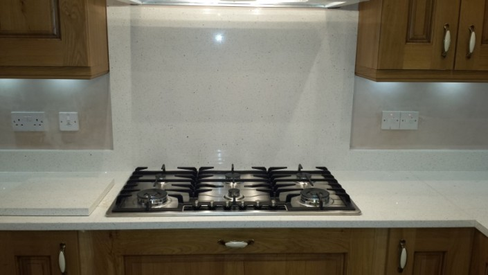 Fitting Kitchen Wall Cabinets Plasterboard